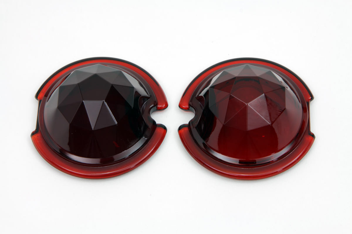 V-Twin 33-1128 - Tail Lamp Lens Set Faceted Red